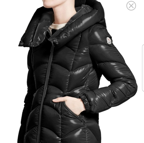Moncler akebia down jacket